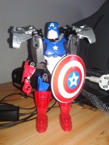 Lego Captain America dans figurines 20130117_112913-225x300